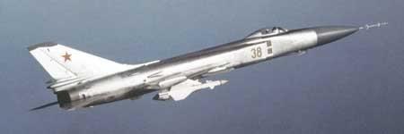 Hệ thống máy bay tiêm kích đánh chặn mang tên lửa đối không Su-15-98 gồm máy bay tiêm kích đánh chặn Su-15T và tổ hợp tên lửa đối không có điều khiển tầm trung R-98MR (Photo of www.airwar.ru)