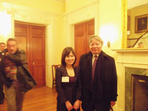 Bộ trưởng Bộ Tư pháp Hà Hùng Cường và Tôn Hà Anh tại Chương trình VELP