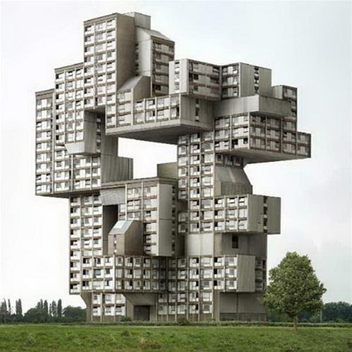 Tòa nhà quái dị nhất nằm trong bộ sưu tập của Filip Dujardin