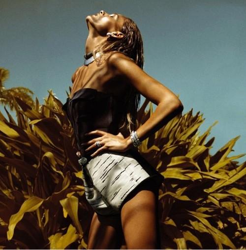 Ngắm 'nữ thần mặt trời' trêntạp chí Vogue - ảnh 4