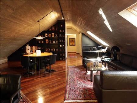 Với thiết kế mộc mạc toát lên vẻ mạnh mẽ, gác mái là khu dành riêng cho các quý ông