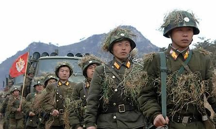 Lính Bắc Triều Tiên tham gia tập trận