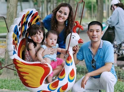 Tơi đây, những gia đình sinh con gái một bề sẽ được hỗ trợ bằng tiền mặt và một số chính sách ưu đãi khác