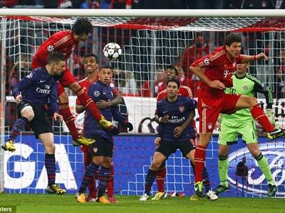 Bàn thắng của Koscielny là chưa đủ để Arsenal đi tiếp