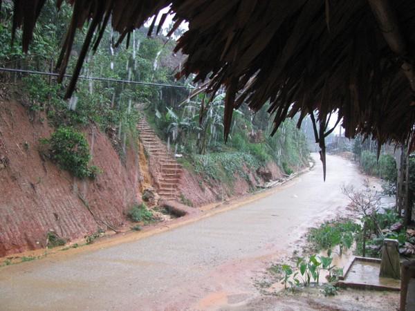 Năm 2012, nhiều trận mưa đá xuất hiện trên địa bàn các huyện miền núi của tỉnh Thanh Hoá. Ảnh: Hoàng Lam