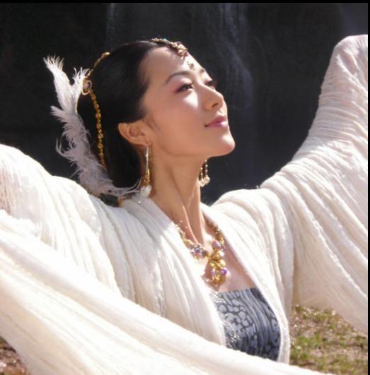 Ngắm mỹ nhân cổ trang trên màn ảnh Hoa ngữ - ảnh 12