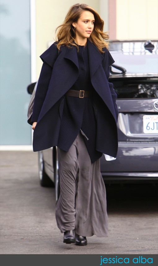 Jessica Alba mê mẩn váy maxi - ảnh 11