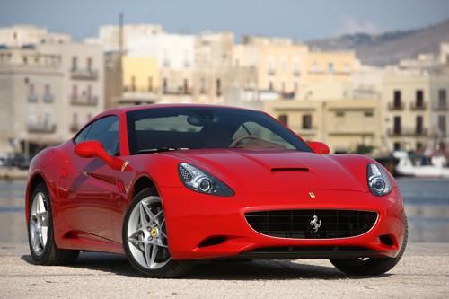 Ferrari tăng sức mạnh cho California đời 2012 - ảnh 1