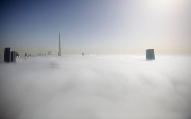 Thành phố Dubai chìm đắm trong sương mù - ảnh 2