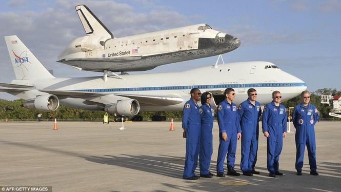 Phi hành đoàn hoàn thành chuyến bay tới Washington