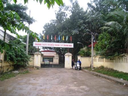 Trường THPT Tô Hiến Thành cho 830 học sinh nghỉ vào ngày thứ 7 (9.3) để giáo viên đi chùa