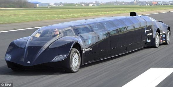 'Siêu xe bus' triệu USD - ảnh 2