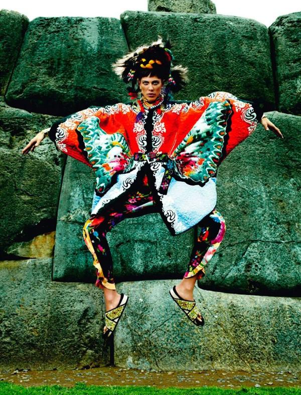 Bộ đôi siêu mẫu nóng bỏng trên Vogue Pháp - ảnh 5
