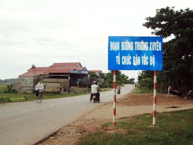 Tại  km 16 thôn Mẫu Sơn, xã Chu Điện