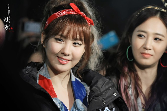 Xu hướng băng đô giúp các cô gái xứ Hàn như búp bê - ảnh 11