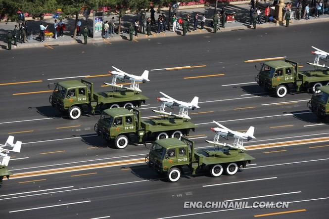 UAV Trung Quốc đe dọa tàu sân bay Mỹ - ảnh 1