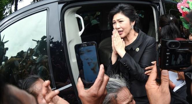 Tin mới về quá trình đổi xe trốn chạy của cựu Thủ tướng Thái Lan Yingluck - ảnh 1