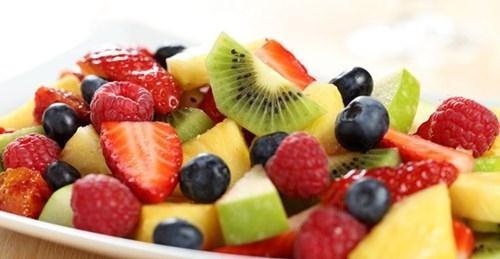 Ăn hoa quả tươi buổi sáng cực tốt cho sức khỏe - ảnh 1