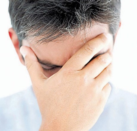 Nhìn vị trí tóc bạc sớm đoán nhiều bệnh nan y - ảnh 6