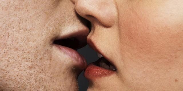 5 điều cực kì nguy hiểm có thể xảy ra khi bạn hôn một ai đó - ảnh 1