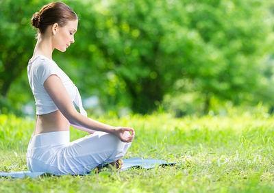 ngồi thiền- thói quen buổi sáng thay đổi cuộc sống của bạn