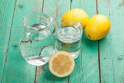 uống nước chanh thanh lọc cơ thể