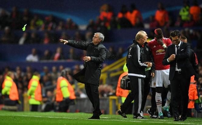 HLV Mourinho nói gì về chấn thương của Pogba - ảnh 5