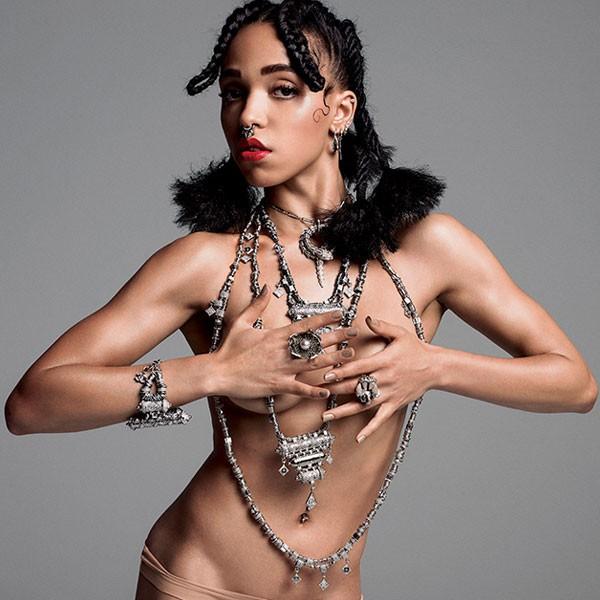 Bạn gái sao 'Ma cà rồng' bán nude trên tạp chí - ảnh 2