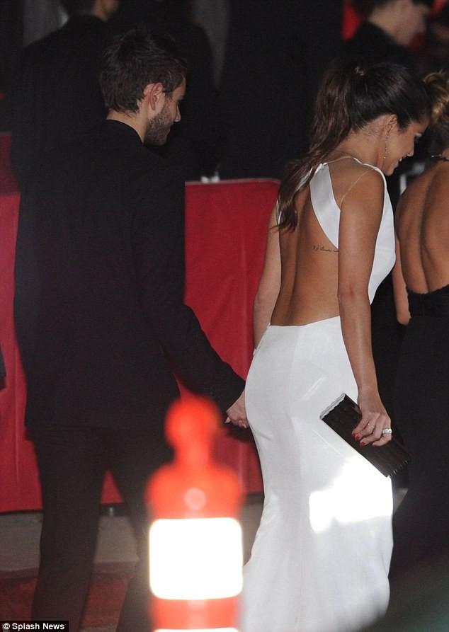 Selena Gomez quấn quýt bên nam DJ điển trai - ảnh 2