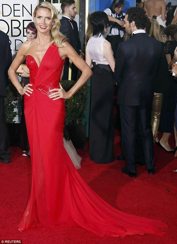 Heidi Klum khoe đường cong nóng bỏng như gái đôi mươi - ảnh 9