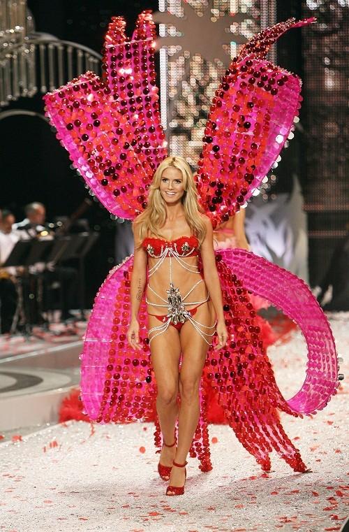Heidi Klum khoe đường cong nóng bỏng như gái đôi mươi - ảnh 8