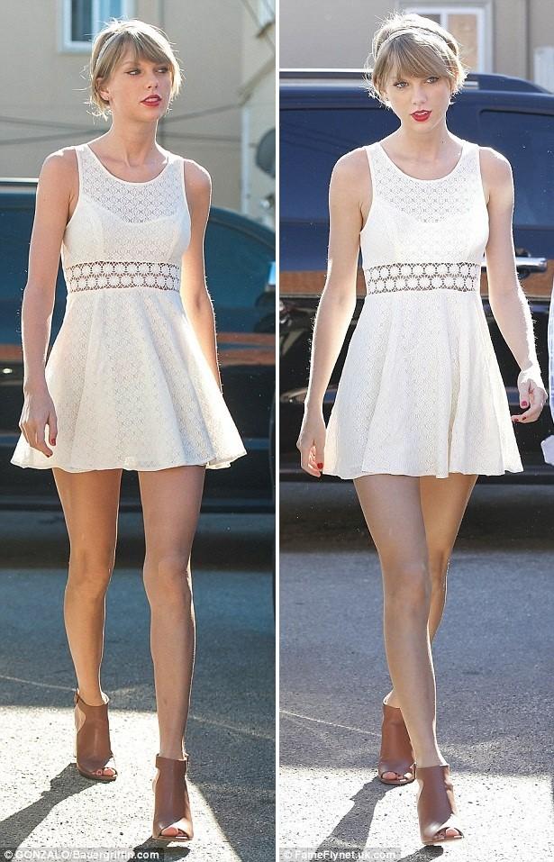 Taylor Swift thướt tha xuống phố với style cổ điển - ảnh 3