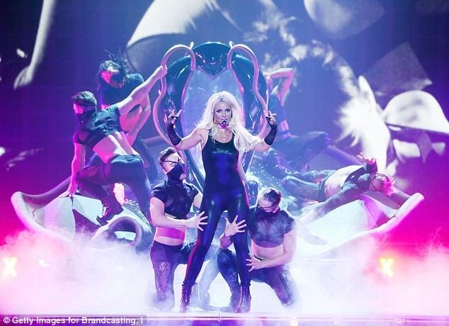 Britney Spears sốc nặng vì người yêu cũ bị Taliban sát hại - ảnh 5