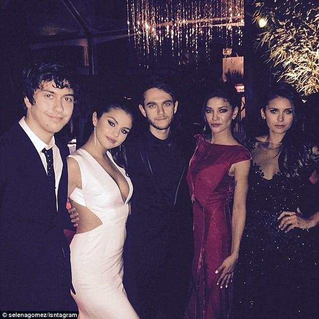 Lộ ảnh Selena Gomez mặc nội y chat video với bạn trai - ảnh 5