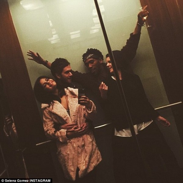 Selena Gomez và bạn trai mới bị theo dõi - ảnh 6