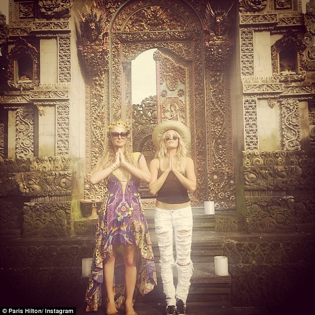Paris Hilton khoe ảnh đi nghỉ mát đẹp 'mãn nhãn' - ảnh 6