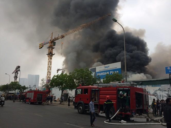 Toàn cảnh 'dự án treo' Nam Dan Plaza trước khi cháy ngùn ngụt - ảnh 10
