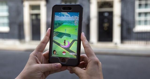 Thủ tướng Na Uy bị chỉ trích vì chơi Pokemon tại quốc hội - ảnh 1