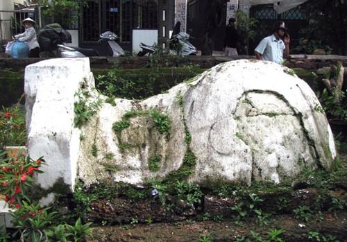 Cổ mộ hình 'ngưu miên' ở Sài Gòn - ảnh 2