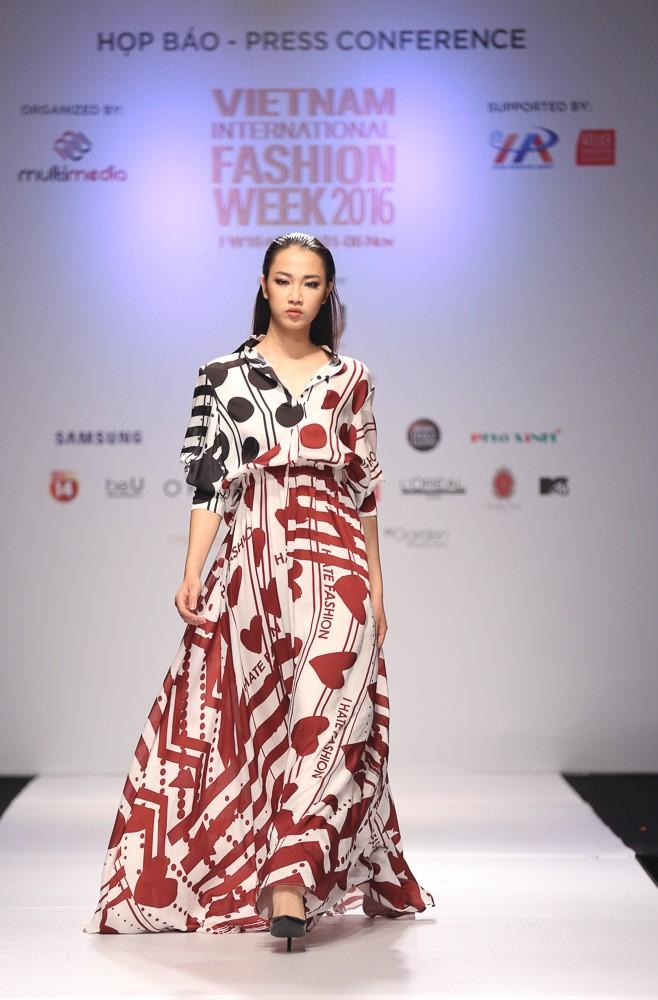 Hà Nội lần đầu tiên có Tuần lễ thời trang quốc tế - ảnh 5