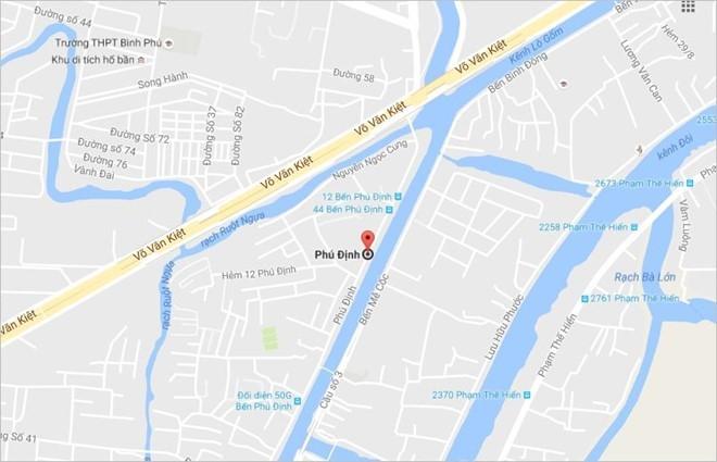 Thi thể phụ nữ nổi trên kênh Tàu Hủ ở Sài Gòn - ảnh 1