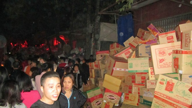 Cháy lớn ở điểm công nghiệp xã La Phù - ảnh 4