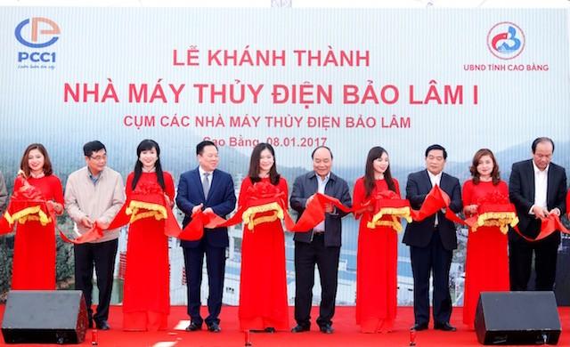 Thủ tướng thăm đồng bào địa bàn '4 khó' của đất nước - ảnh 3