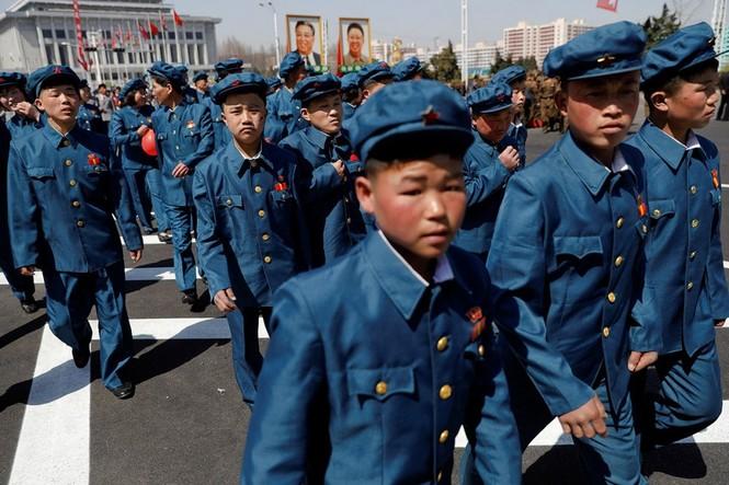 Khu phức hợp được Triều Tiên ví 'đáng sợ hơn trăm quả bom hạt nhân' - ảnh 9