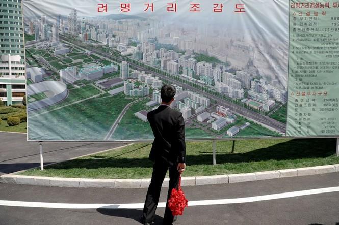 Khu phức hợp được Triều Tiên ví 'đáng sợ hơn trăm quả bom hạt nhân' - ảnh 10