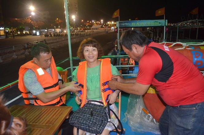 Đà Nẵng yêu cầu bể bơi, bãi tắm dịp lễ phải có nhân viên cứu hộ - ảnh 1