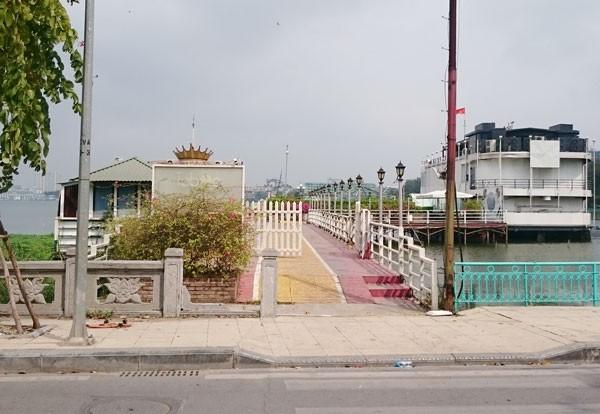 Du thuyền, nhà nổi Hồ Tây vẫn tấp nập trước 'lệnh cấm' - ảnh 3