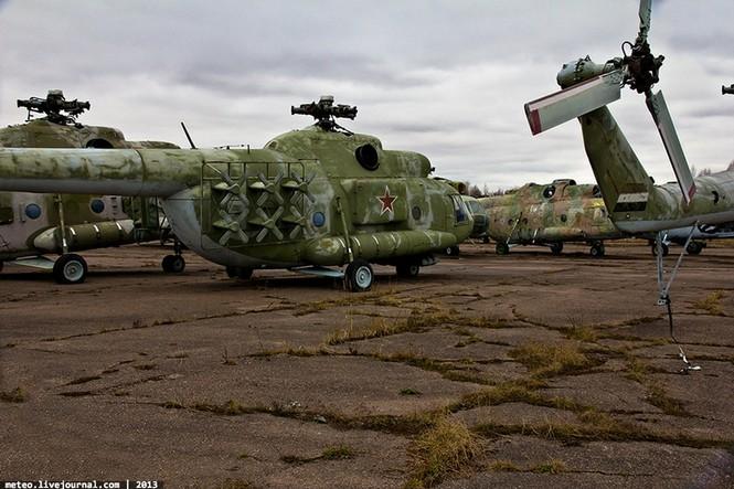 Lạc bước vào 'nghĩa địa' trực thăng quân sự Nga - ảnh 7