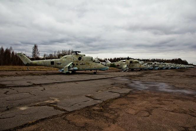 Lạc bước vào 'nghĩa địa' trực thăng quân sự Nga - ảnh 2