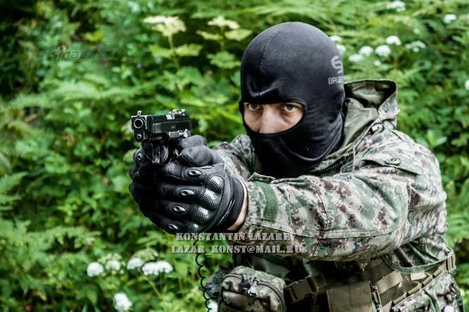 Cảnh sát đặc nhiệm Nga dùng súng lục phương Tây - ảnh 2
